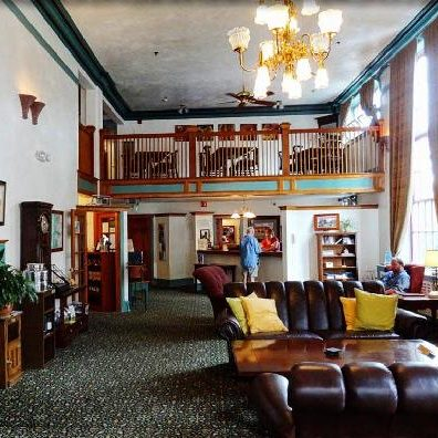 hood-river-hotel-or-lobby